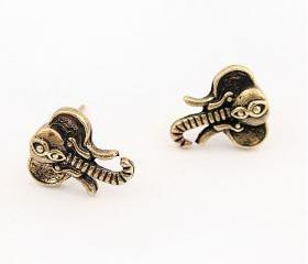Retro Tiny Elephants Stud Earrings