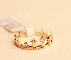 Golden Rhinestones Crown Ring
