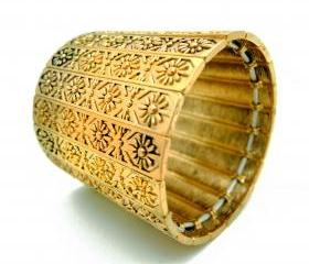 Tribal Floral Engraved Golden Thick Hand Cuff