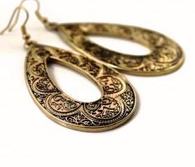 Vintage Gold Floral Engraved Drop Earrings