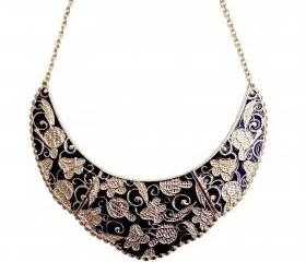 Lacquered Floral Chain Necklace