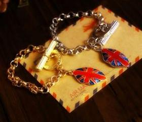 UK British Flag Lips Charm Bracelet
